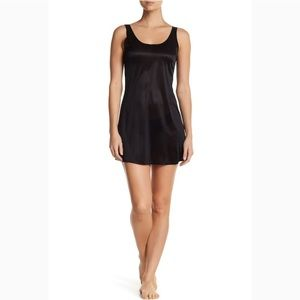Spanx The SB Sweep Tank Slip, sz M, very black